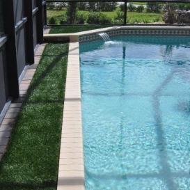 artificial_turf_around_pool