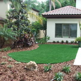artificial_turf_near_pool_deck