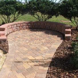 pavers_with_retaining_wall